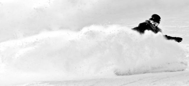 スノーボードでパウダーラン